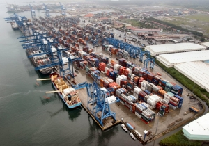 Panama Transshipment Terminal Operating at Normal Levels